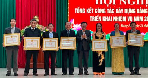 """Đảng bộ Petrolimex Quảng Trị được vinh danh """"Trong sạch, vững mạnh"""" tiêu biểu 2020"""