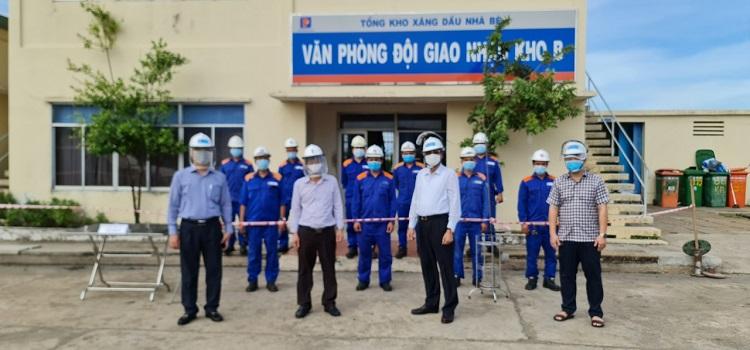 Lãnh đạo Petrolimex Sài Gòn thị sát, chỉ đạo phòng chống dịch bệnh tại TKNB và CHXD