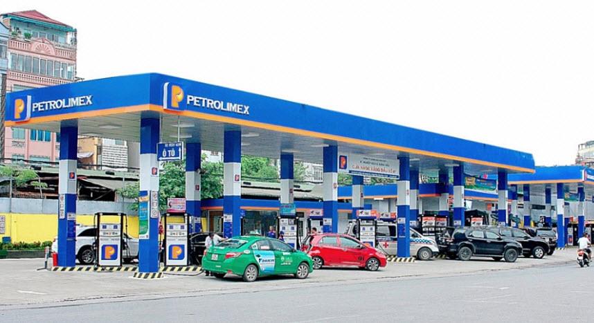 Giảm 500 đồng/lít xăng dầu hỗ trợ chống dịch Covid-19