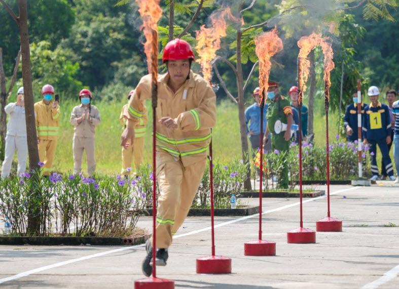 Cảng dầu B12 đạt giải Nhất hội thao nghiệp vụ chữa cháy tỉnh Quảng Ninh 2021